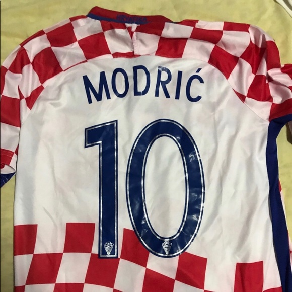 the latest 8d092 652bb Croatia Luka Modric Jersey 2018 NWT